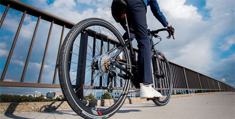 YPJ-ER 油圧式ディスクブレーキ 電動自転車 ロードバイク