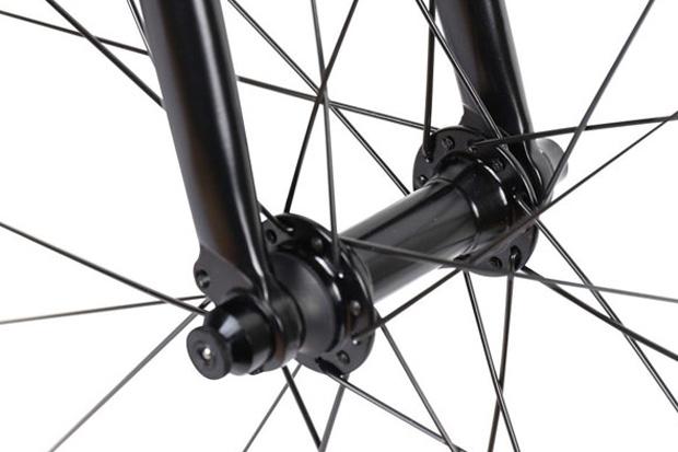 プレシジョン スポーツ HD-K クロスバイク 自転車