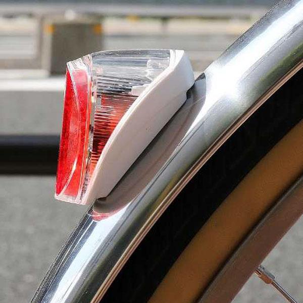 TL-SLR150 ソーラー充電式 テールライト マットガード/シートステー用
